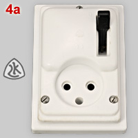 Danish classic switched, watertight socket