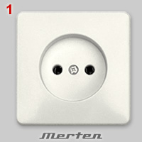 Dutch non-earthed socket