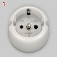 Polarized Schuko socket