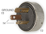 Grounded 15A plug with angled pins